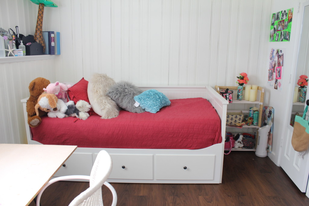 tween girls bedroom